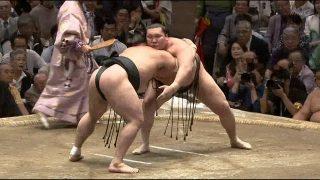 Hakuho of Yokozuna got 37th victory