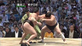 Amazing! Yokozuna Hakuho and Harumafuji lose both