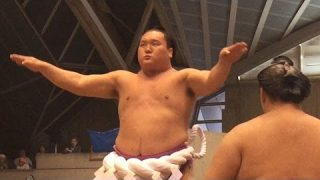 Yokozuna Hakuho rest the tournament, is his retirement nearly?